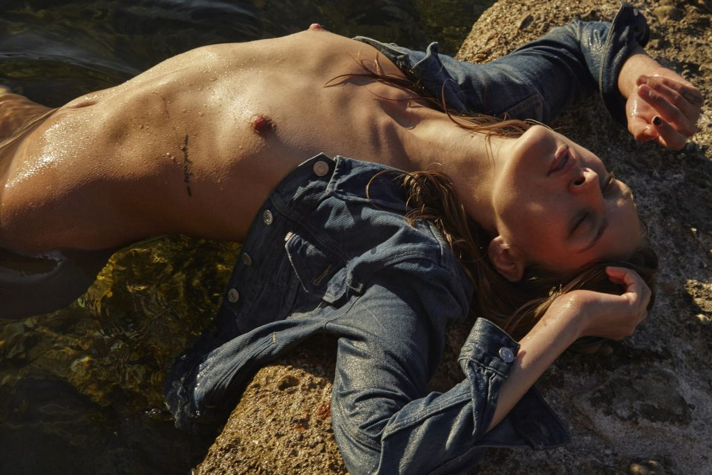 Gretel Skou Sallago Nude (7 Photos)