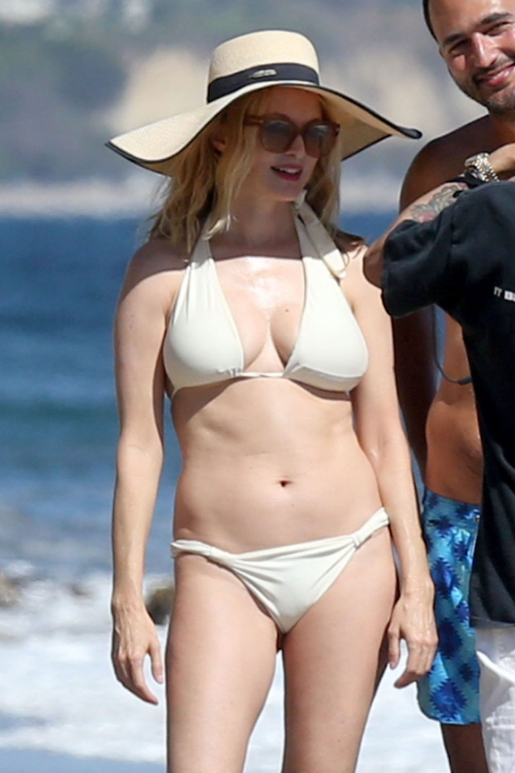 Heather Graham Looks Incredible as She Hits the Beach in Malibu (39 Photos)