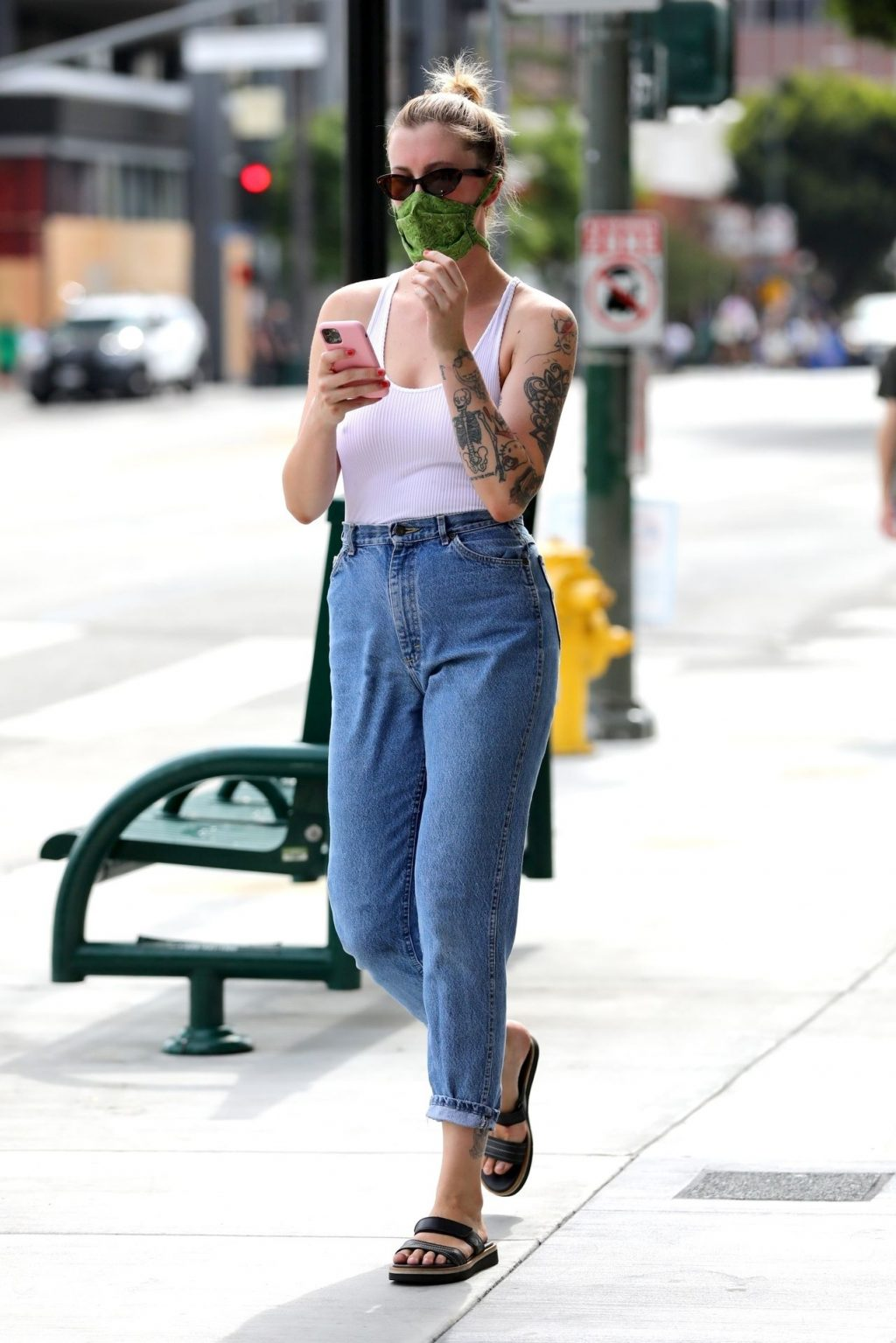 Braless Ireland Baldwin Goes Solo to Join Protests in Hollywood (50 Photos)