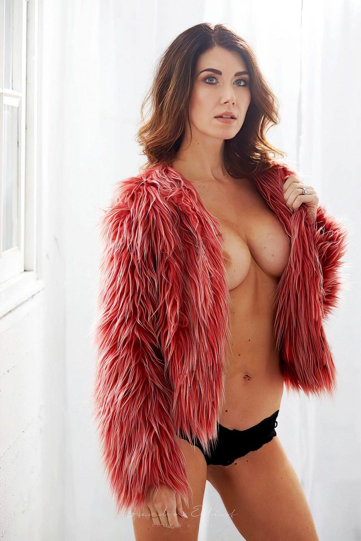 Jewel Staite Nude (9 Photos)