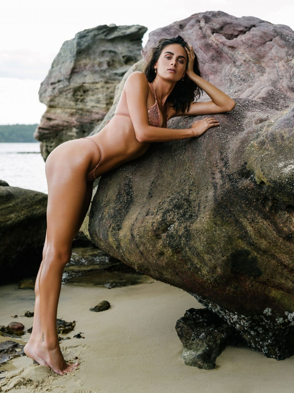 Lillie Bennetts Nude & Sexy (20 Photos)