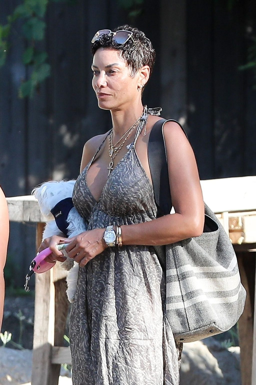 Sexy Nicole Murphy Waits for Her Car as She Leaves Malibu Cafe (17 Photos)