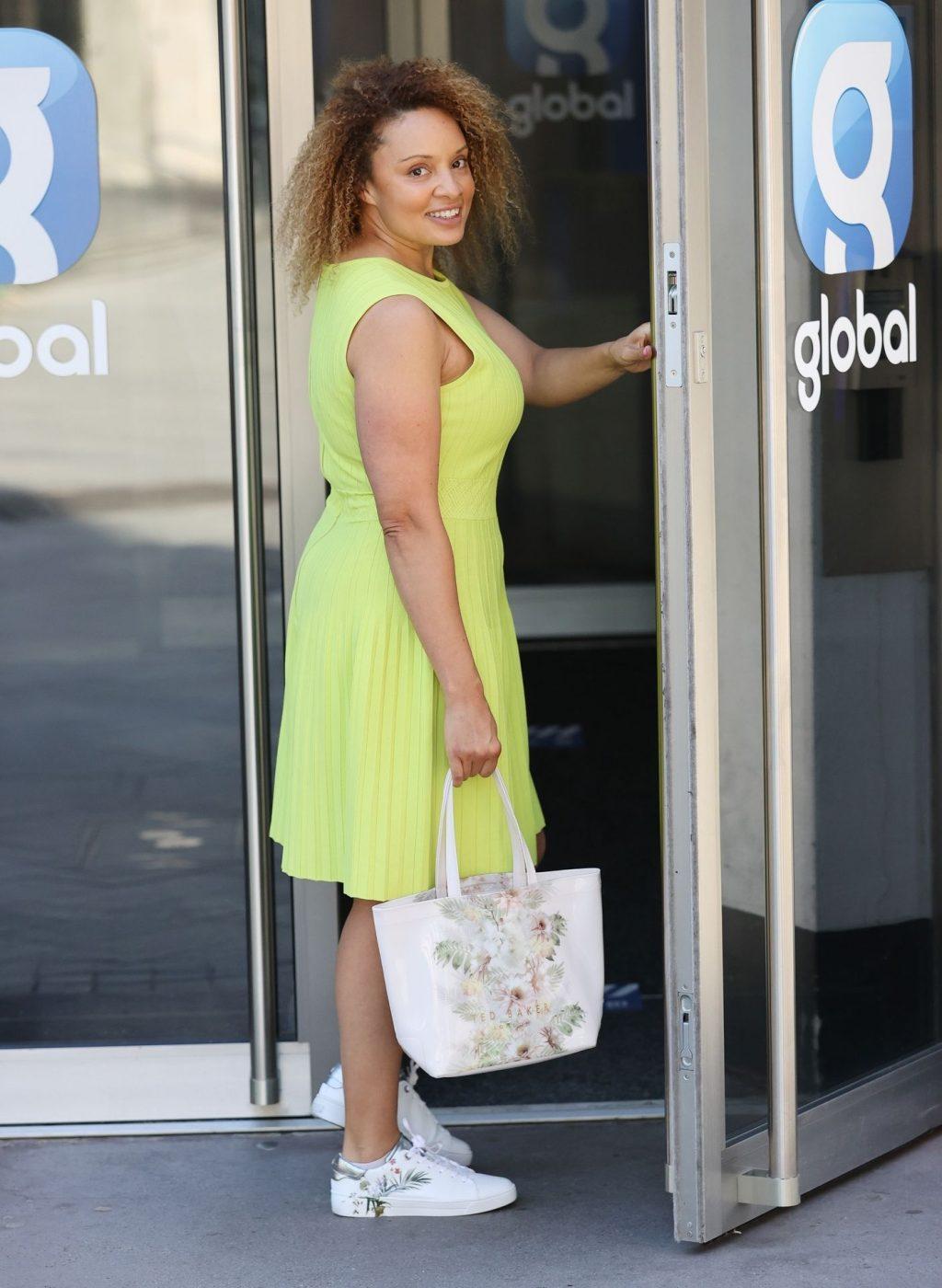 Sexy Pandora Arrives at Heart Radio in London (11 Photos)