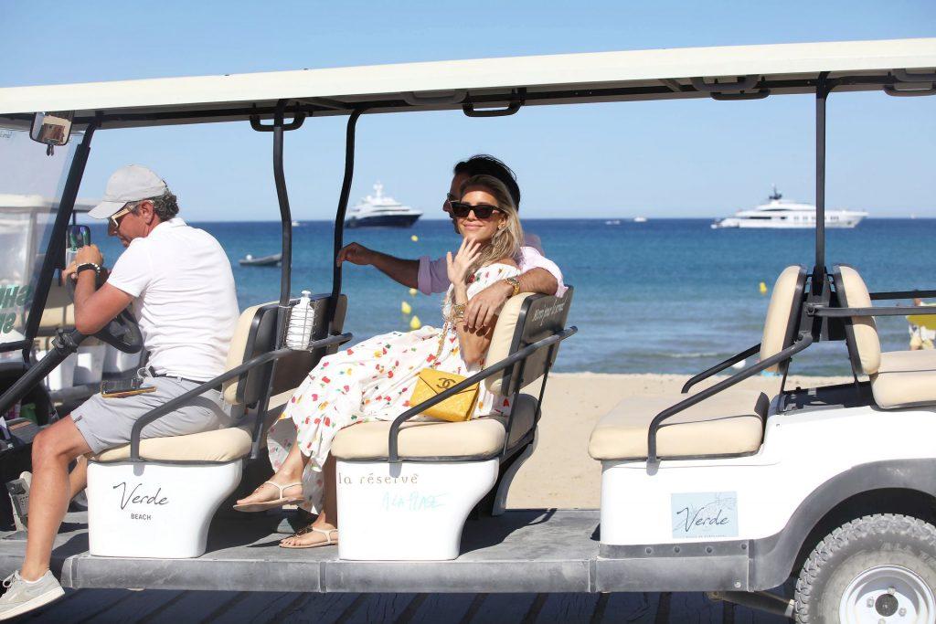 Sylvie Meis & Niclas Castello Enjoy a Day on the Beach in Saint Tropez (42 Photos)