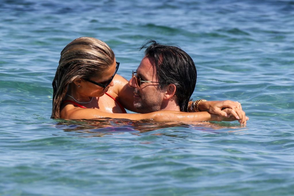 Sylvie Meis Shows Off Her Incredible Body on the Beach in Saint Tropez (141 Photos)