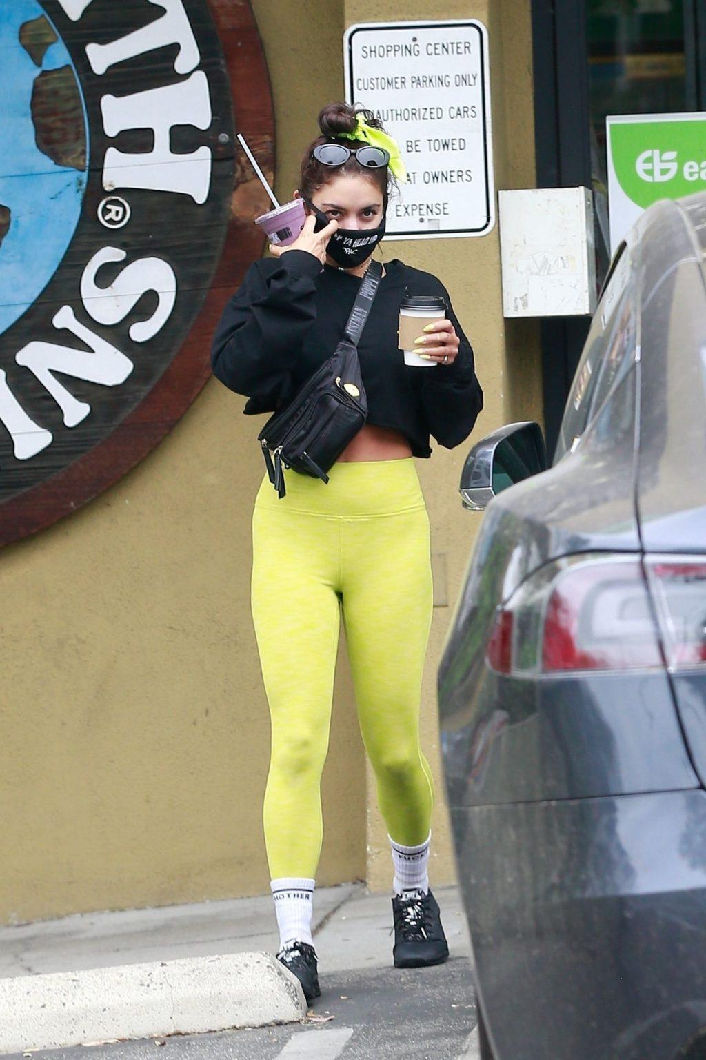 Sexy Vanessa Hudgens Makes a Juice Run at Earthbar (42 Photos)