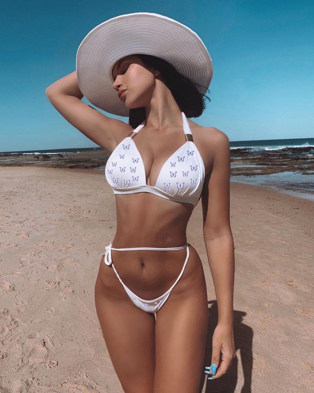 Yagan Moore See Through & Sexy (47 Photos)