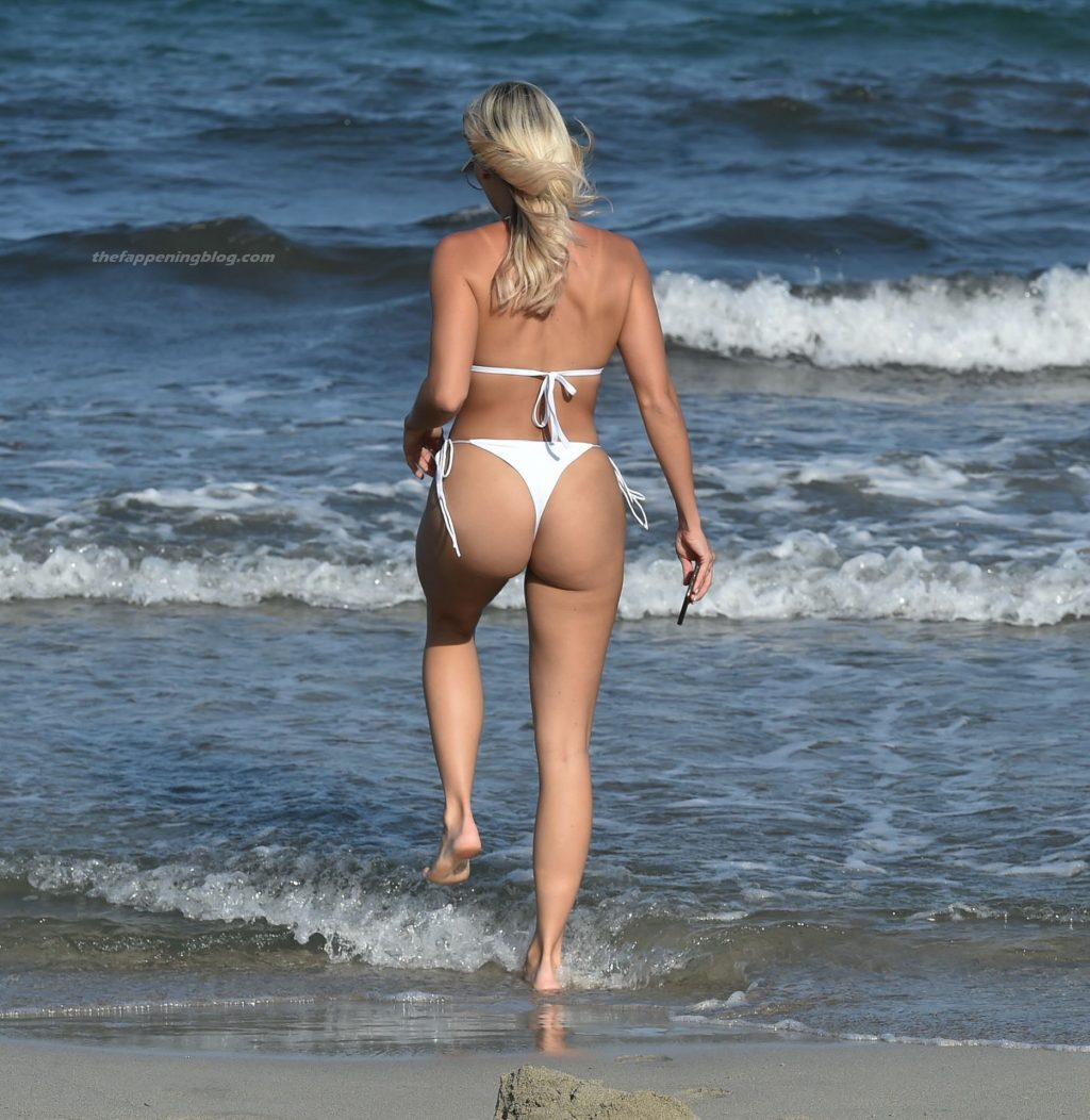 Amber Turner Enjoys a Day on the Beach in Ibiza (15 Photos)