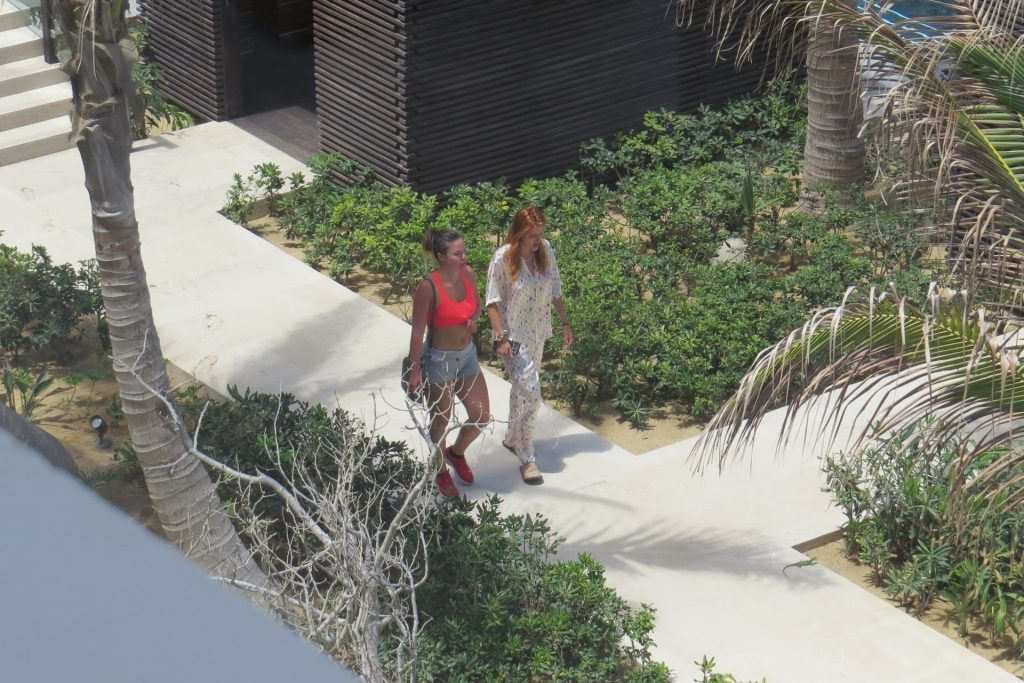 Bella Thorne & Benjamin Mascolo Relax on Their Hotel Balcony in Cabo San Lucas (28 Photos)