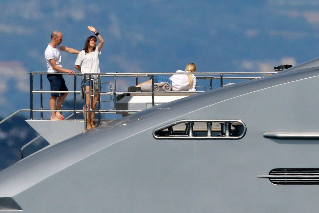 Chiara Ferragni Shoots a Jewelry Campaign with APM Monaco on a Yacht (100 Photos)