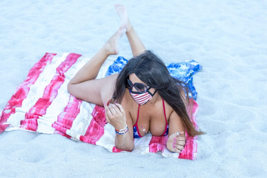 Claudia Romani Goes Topless for the 4th of July (21 Photos)