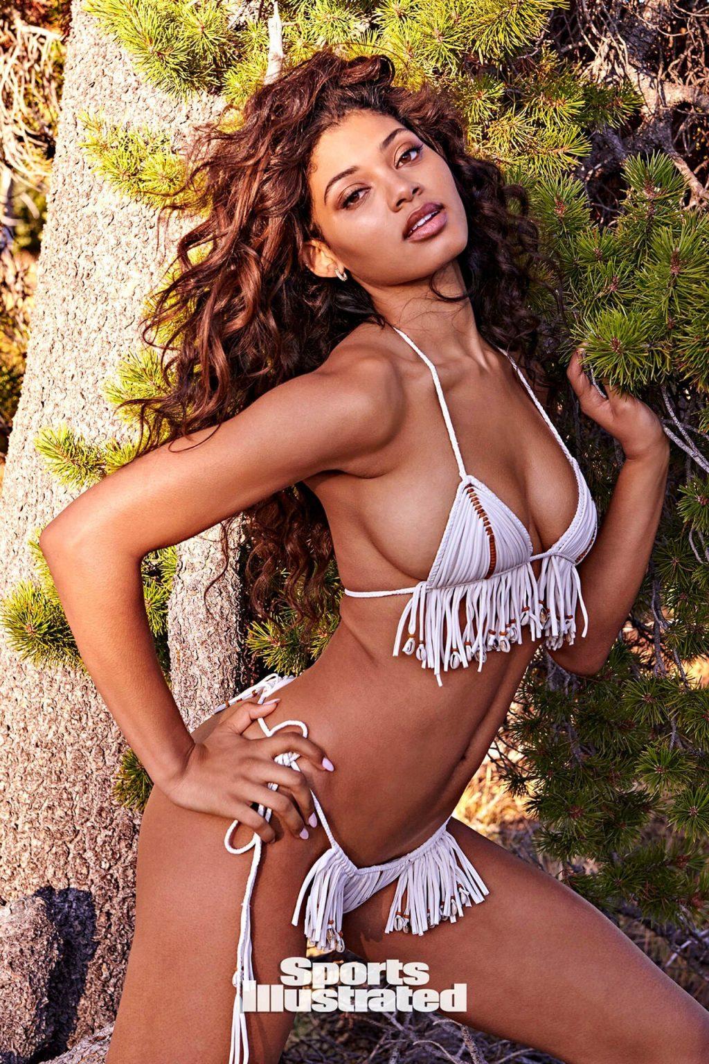 Danielle Herrington Sexy & Topless – Sports Illustrated Swimsuit (44 Photos)