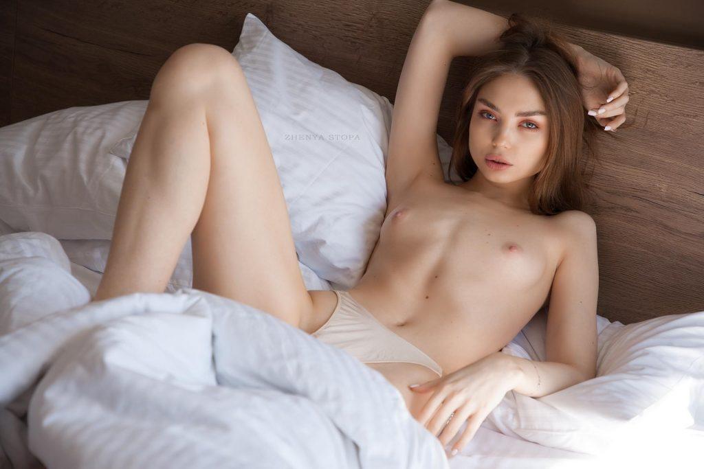 Ekaterina Kliger Nude (22 Photos)