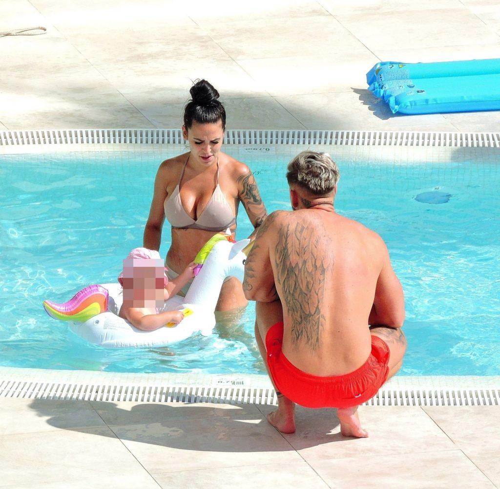 Elena Miras & Mike Heiter Enjoy Their Vacation in Palma De Mallorca (29 Photos)