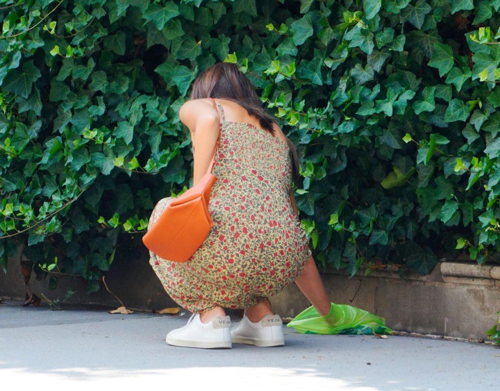 Emily Ratajkowski Walks with her Dog in NYC (45 Photos)