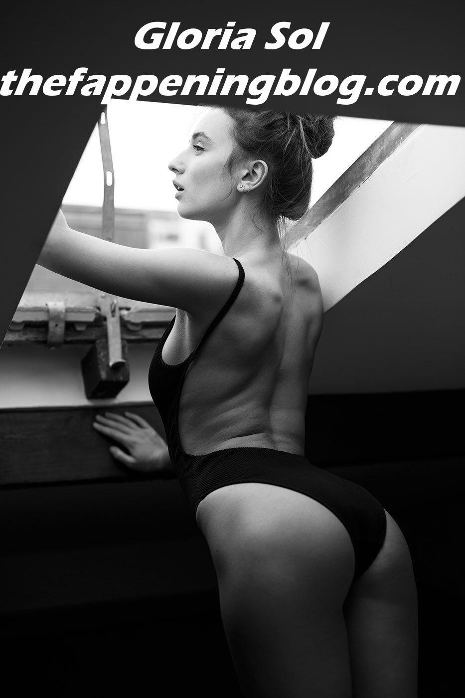 Gloria Sol Nude & Sexy (31 Photos)