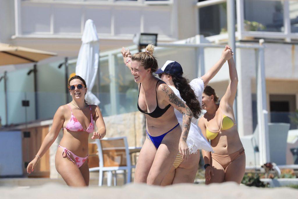 Ireland Baldwin Shows Off Her Nude Boobs on the Beach in Malibu (69 Photos)