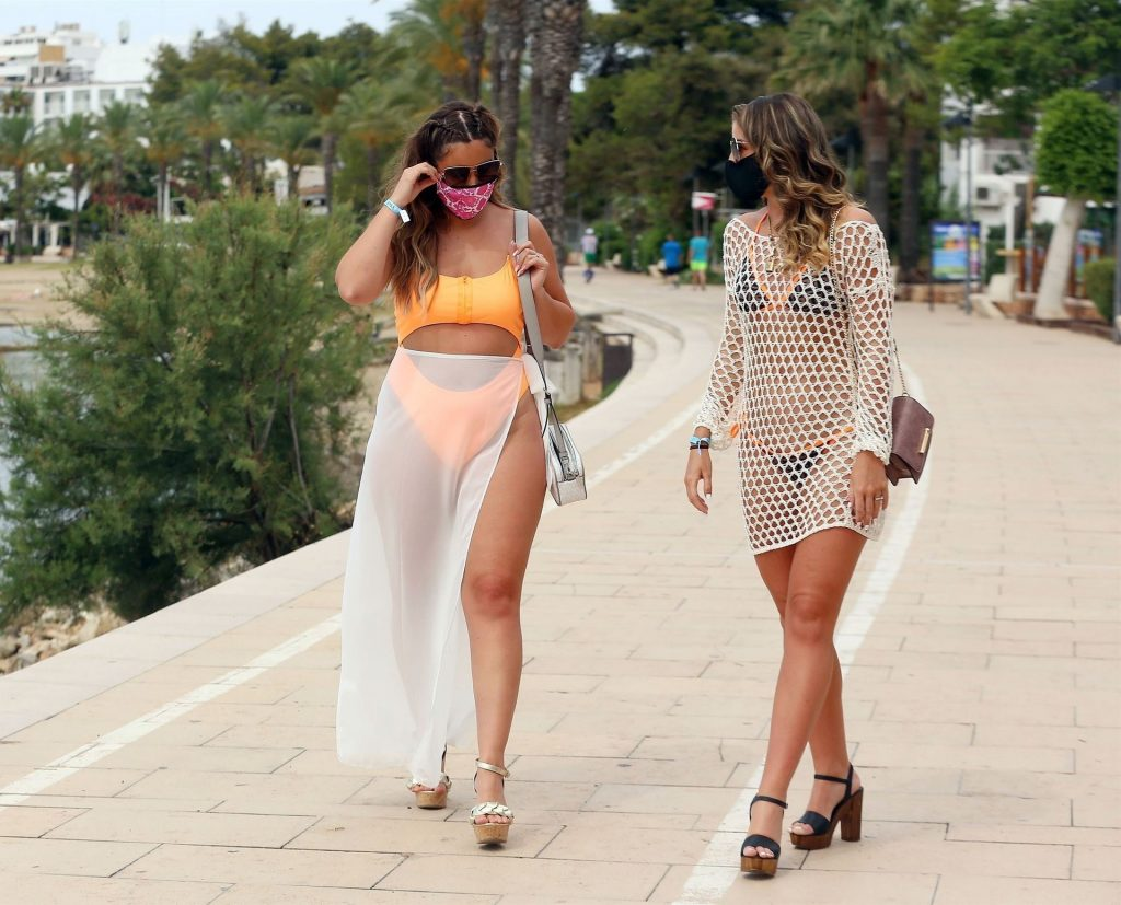 Sexy Jacqueline Jossa Is Pictured In Ibiza (28 Photos)