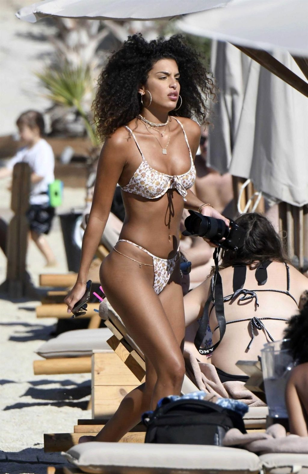 Jessica Aidi Shows Off Her Sexy Slim Body on the Beach in Mykonos (13 Photos)