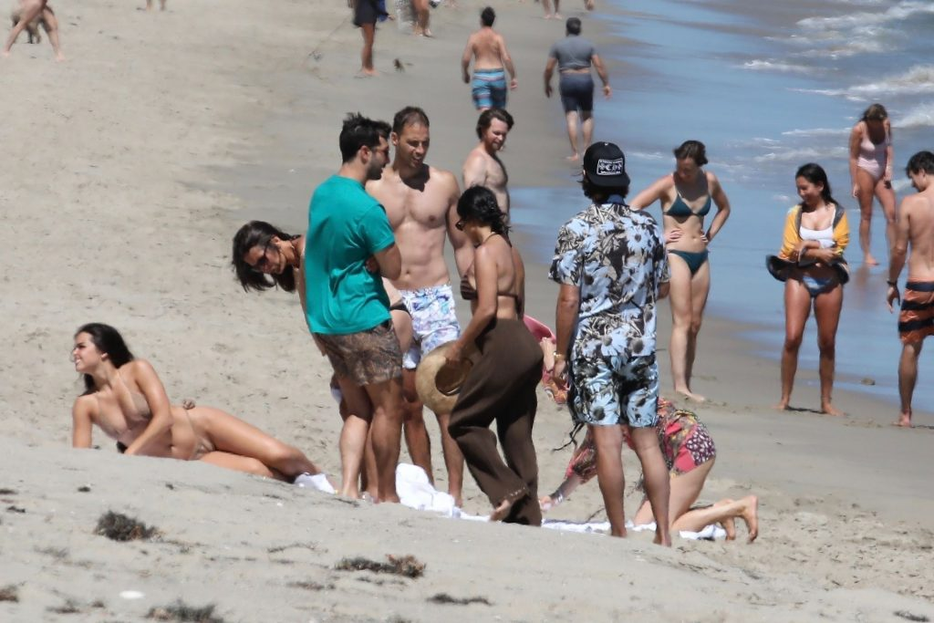 Kourtney Kardashian & Scott Disick Enjoy a Family Day in Malibu (22 Photos)