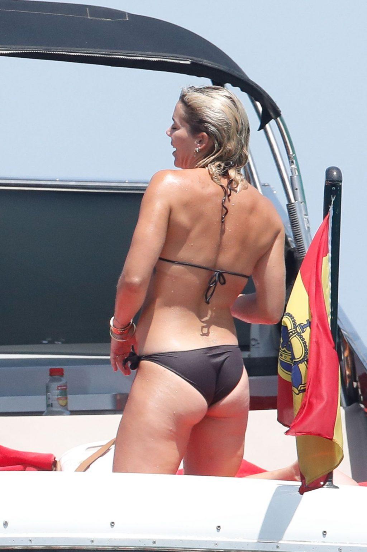 Rita Ora Enjoys The Sun In Ibiza (37 Photos)