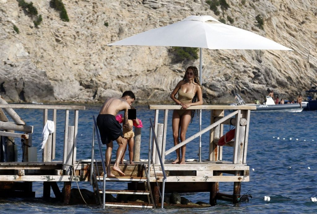 Rose Bertram Enjoys a Dip in the Sea While on Holiday with Her Family in Ibiza (57 Photos)