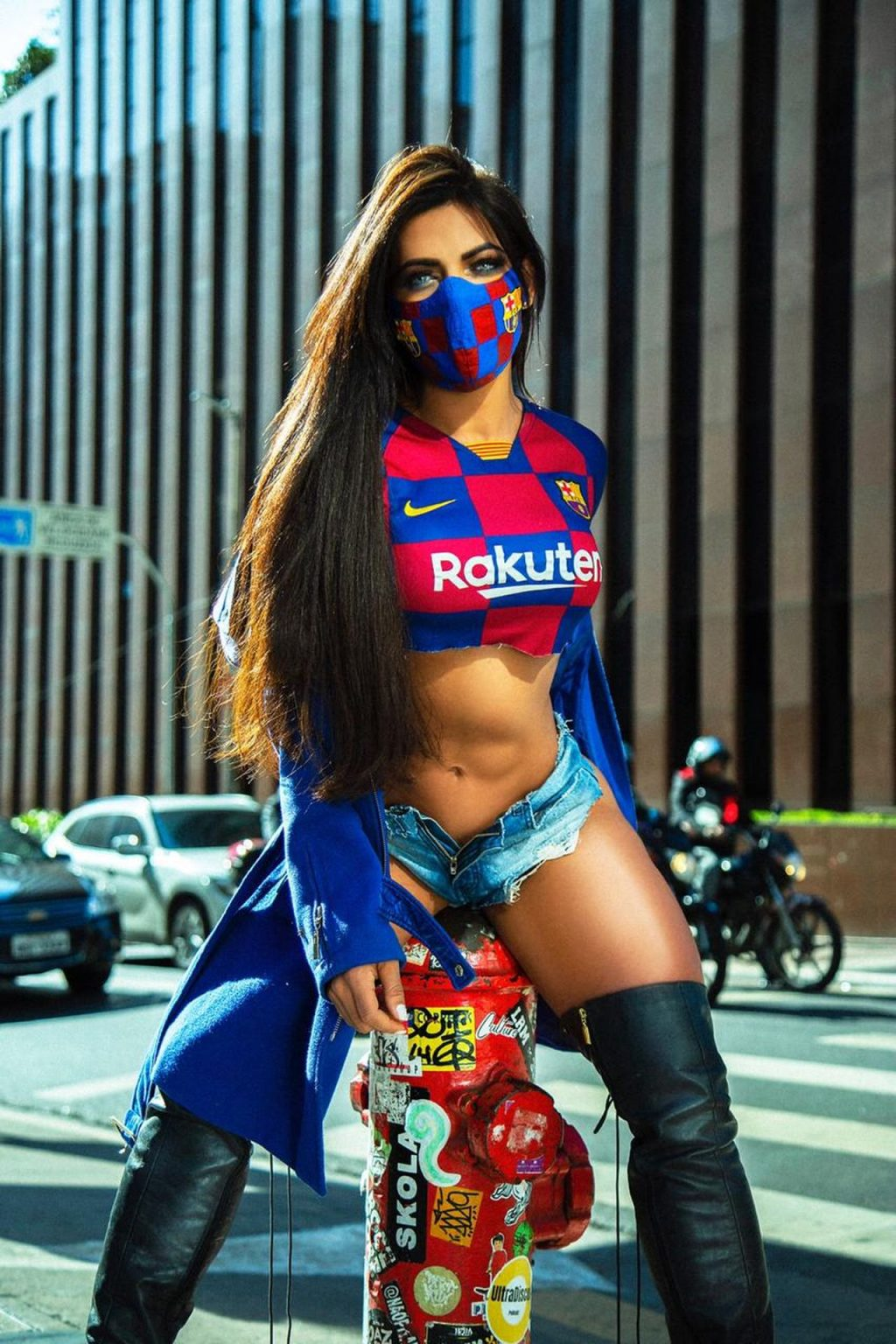 Suzy Cortez Dons Kinky Boots to Support Her Beloved FC Barcelona Amid Pandemic (6 Photos)