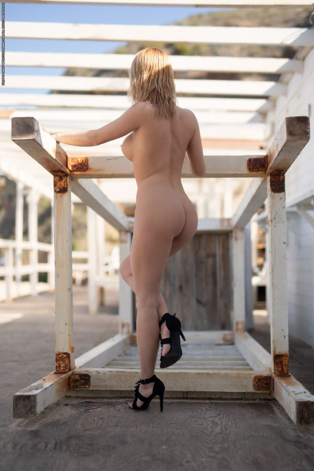 Brooke Edo Nude – White Summer (47 Photos)
