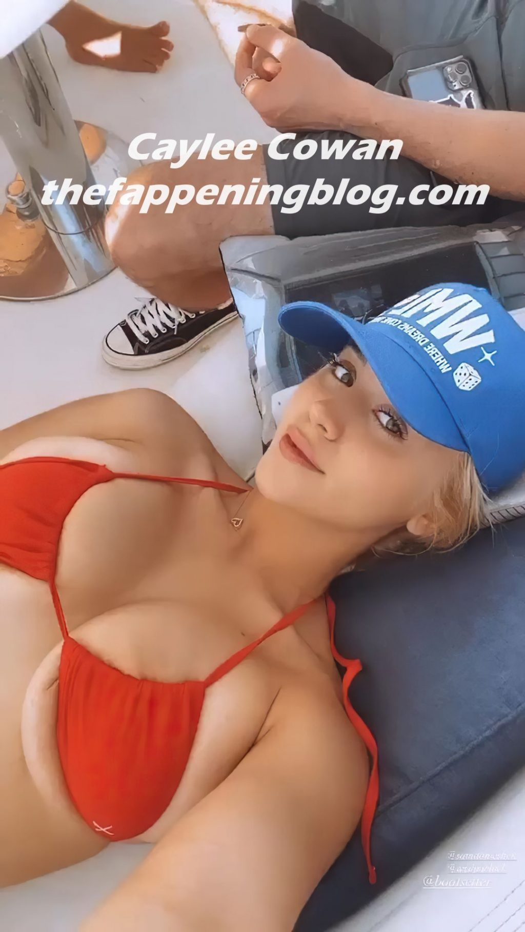 Caylee Cowan Shows Off Her Huge Boobs on a Boat (8 Photos + Video)