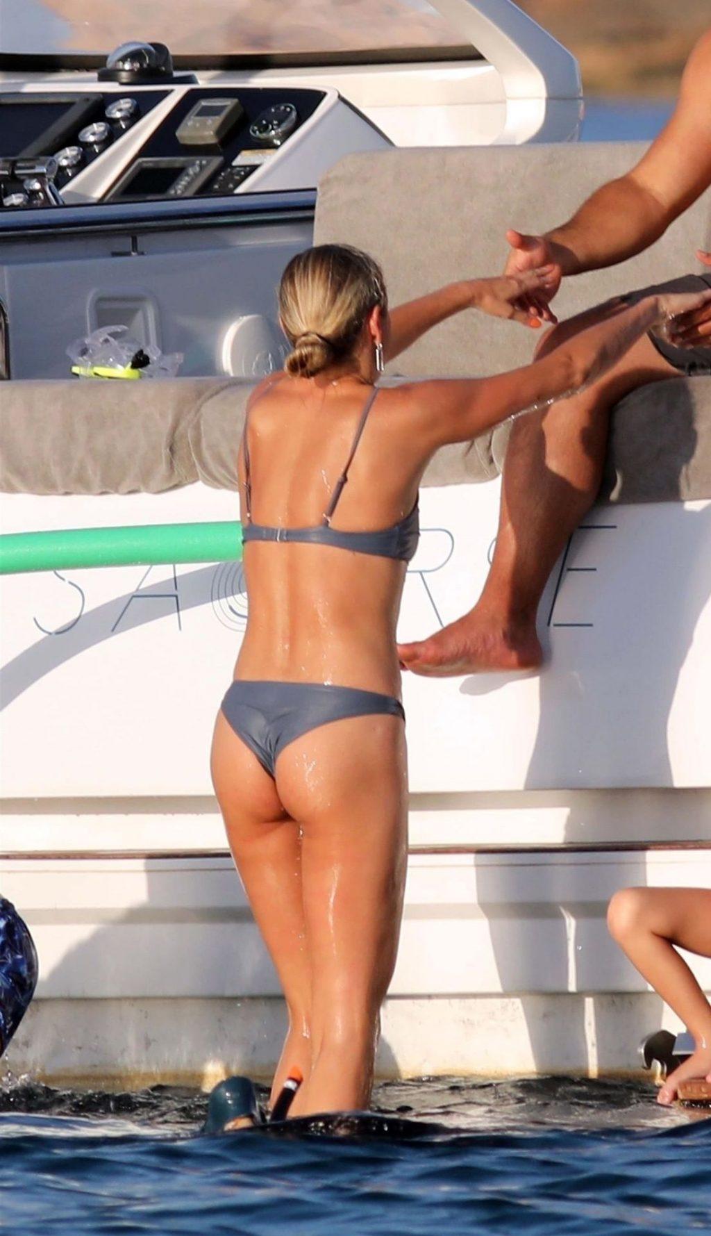 Ronaldo & Celina Locks Enjoy a Day at Sea Aboard a Yacht in Formentera (41 Photos)
