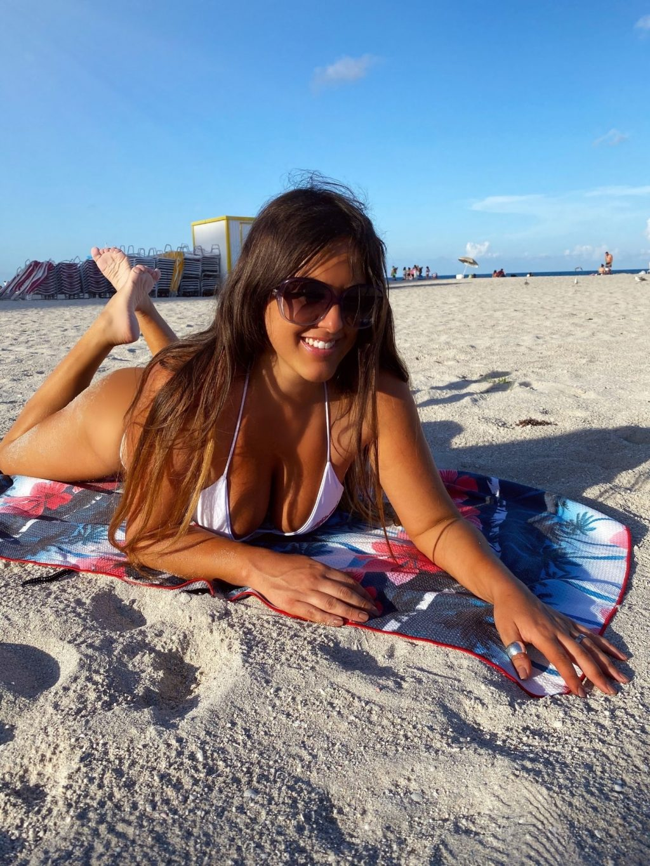Claudia Romani Poses for Miami Problems (14 Photos)