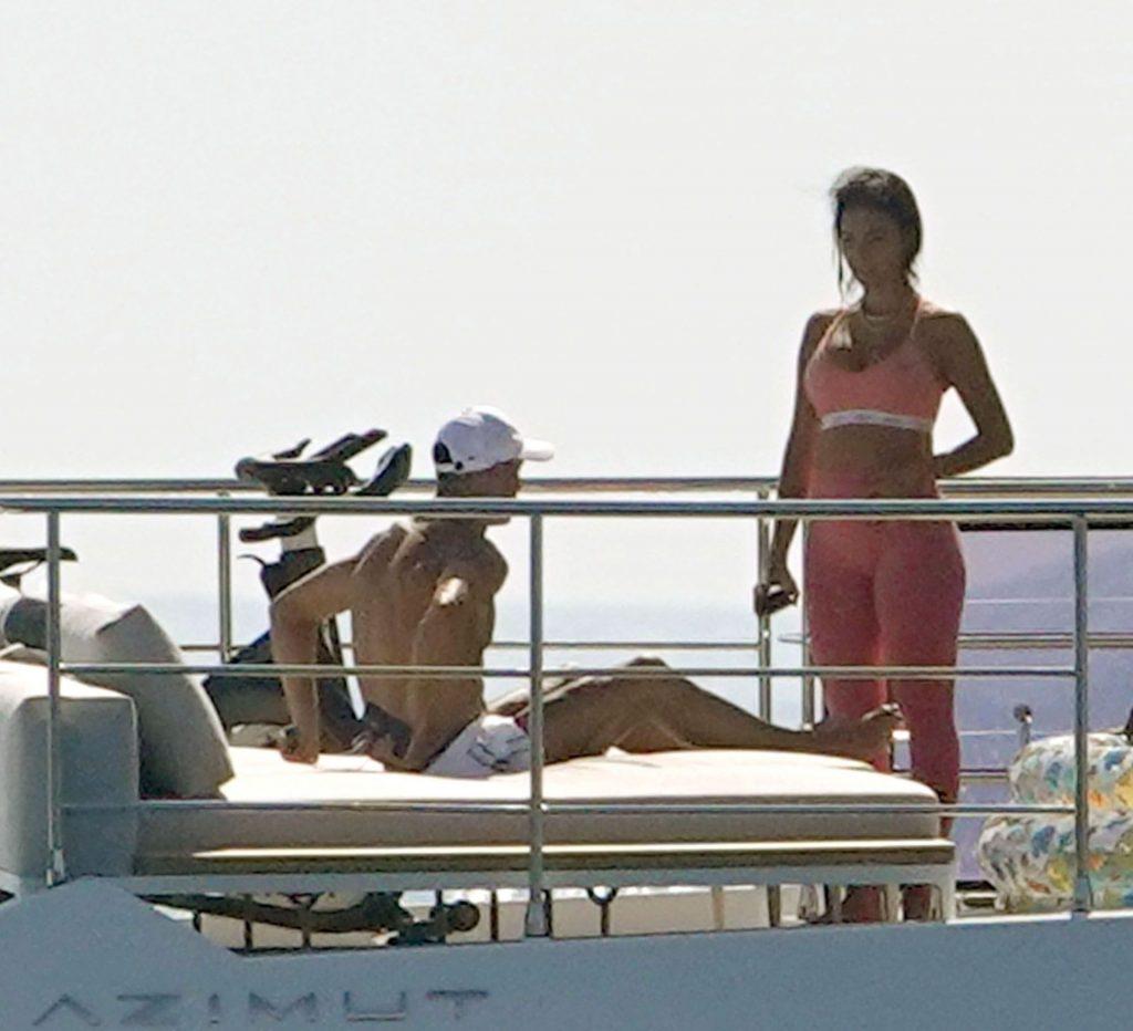 Cristiano Ronaldo & Georgina Rodriguez Are Pictured on Board the Yacht in Savona (24 Photos)