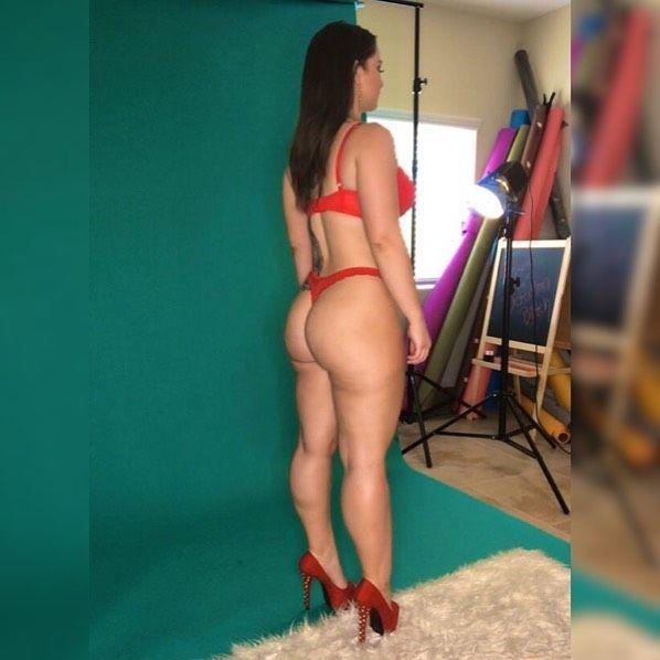 Danielle Tory Nude & Sexy (27 Photos)