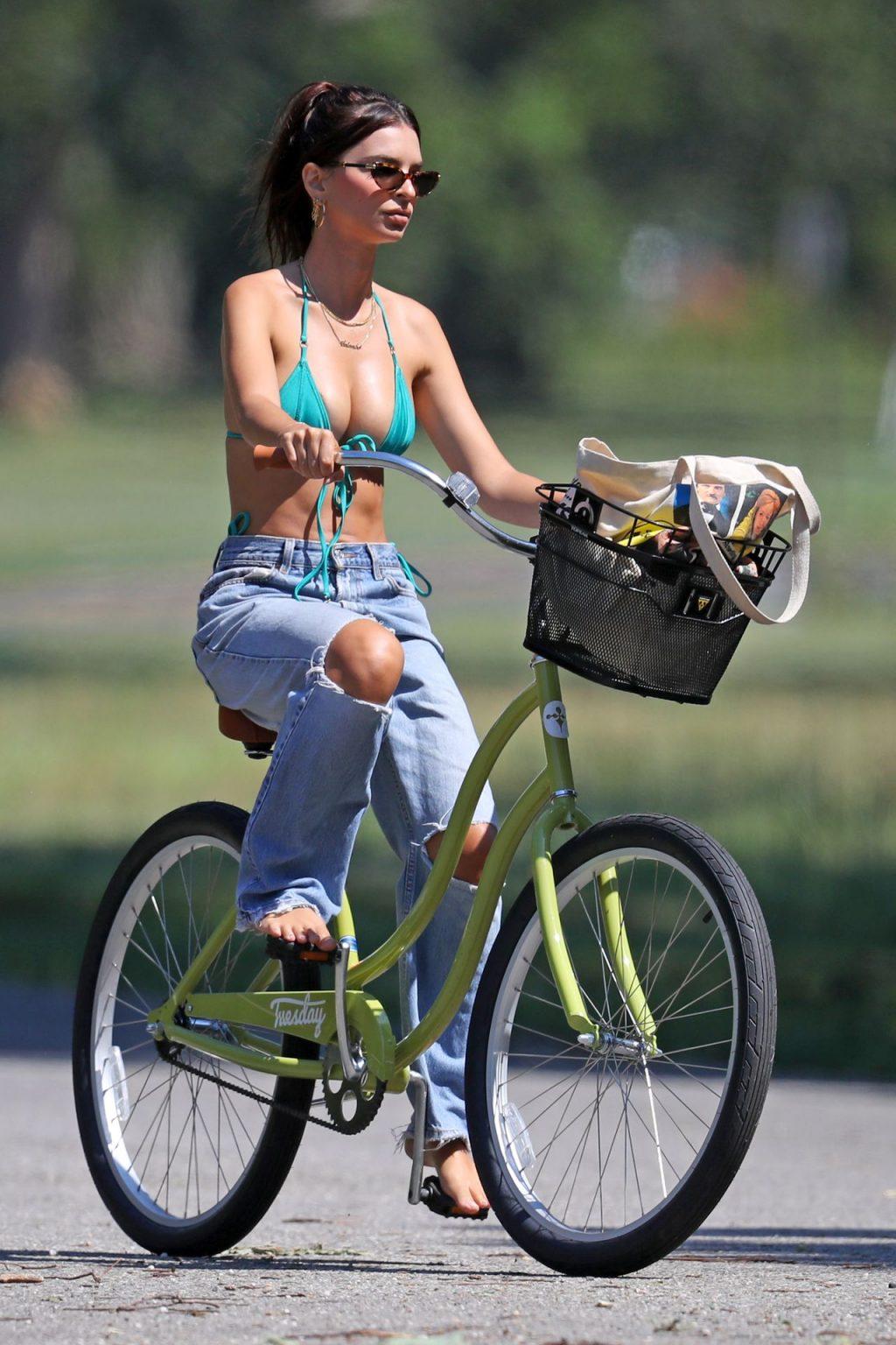 Emily Ratajkowski Rides Her Bike to the Beach in The Hamptons (38 Photos)