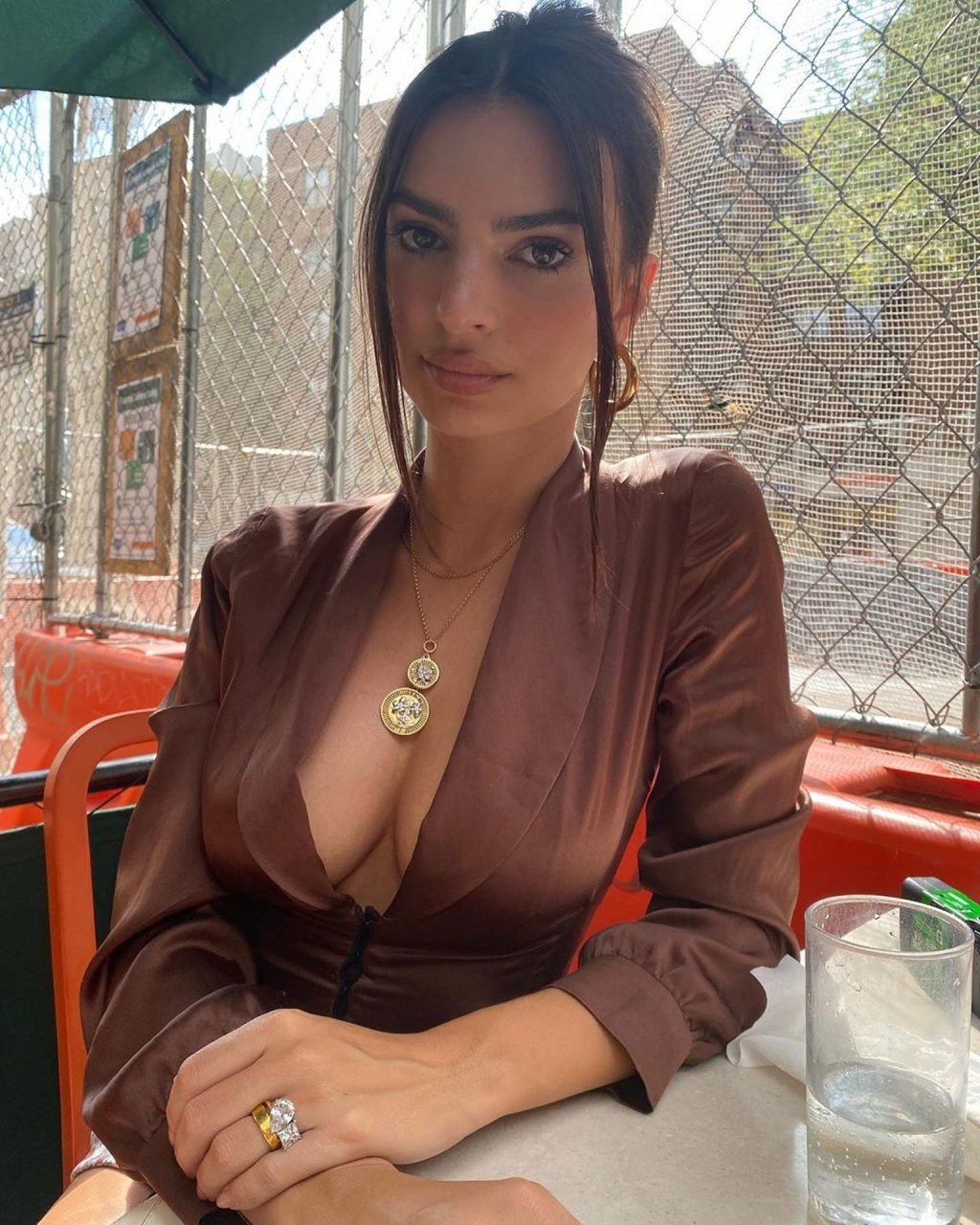 Emily Ratajkowski Displays Her Sexy Legs and Tits While on a Walk in NYC (38 Photos)