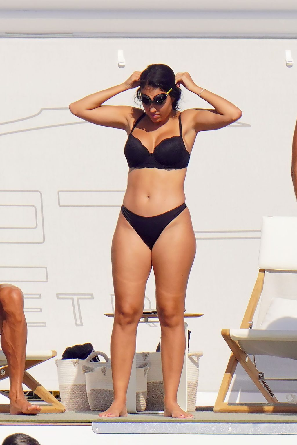 Georgina Rodriguez Shows Off Her Sexy Body on a Yacht (70 Photos)