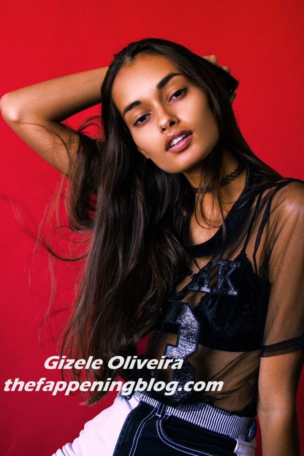 Gizele Oliveira Nude & Sexy (9 Photos)