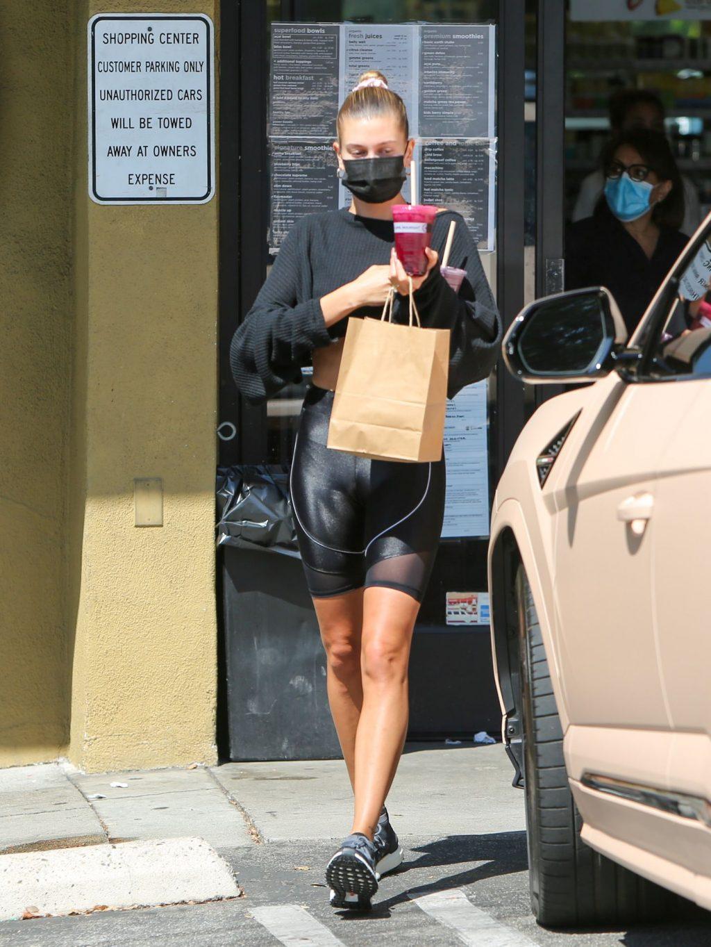 Sexy Hailey Bieber is Seen in LA (70 Photos)