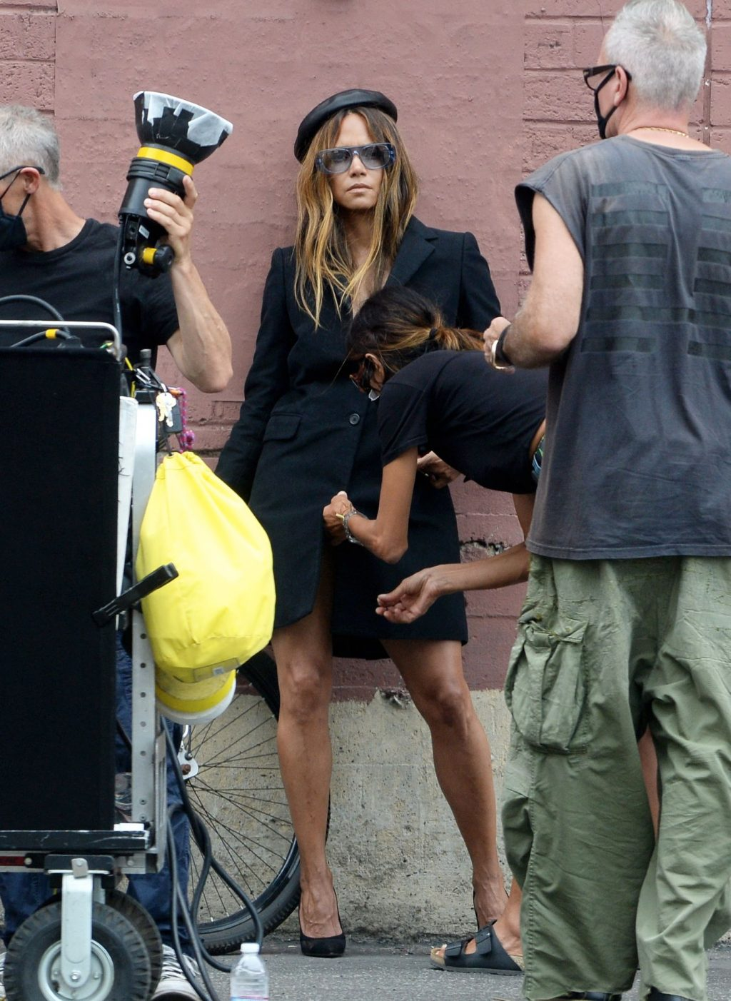 Halle Berry Shows Off Her Nude Boobs in LA (30 Photos)