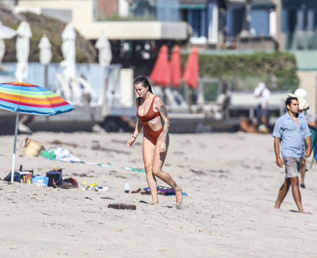 Ireland Baldwin Shows Off Her Pokies on the Beach (62 Photos)