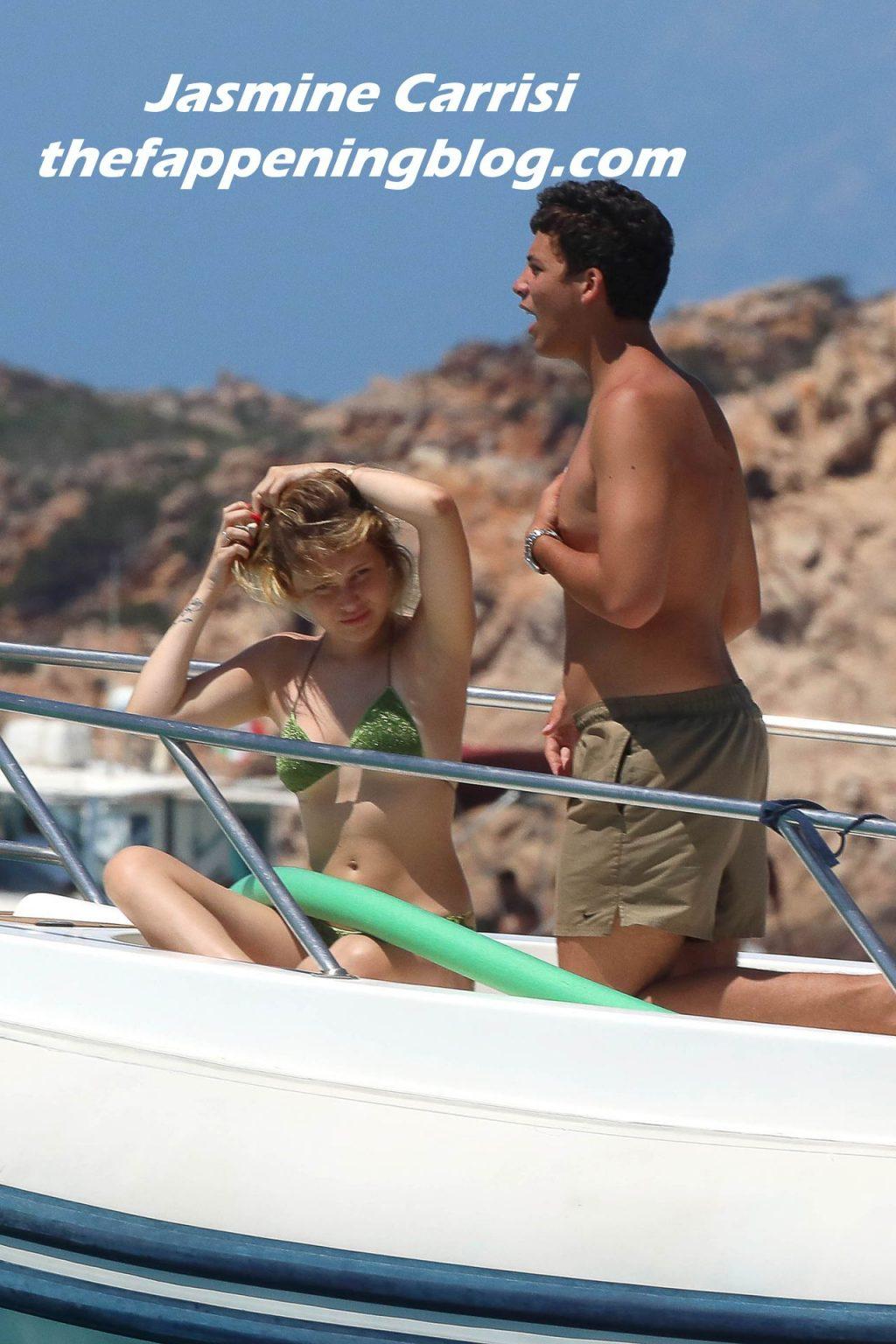 Jasmine Carrisi Enjoys Holidays with Her Friends in Sardinia (16 Photos)