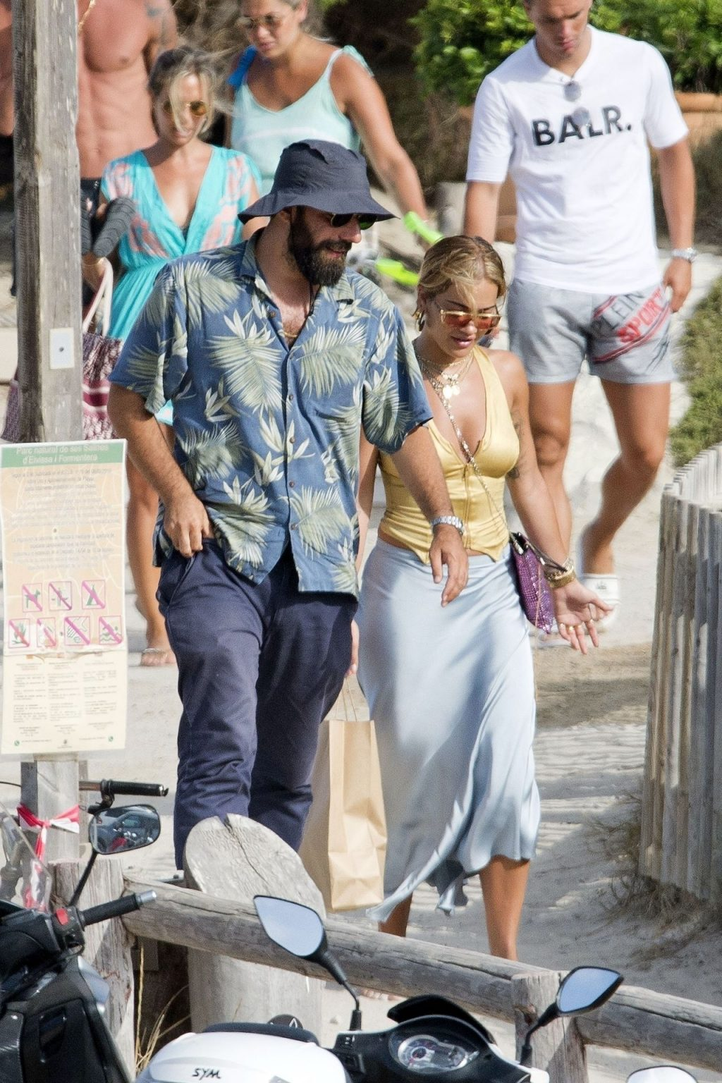 Kate Moss & Rita Ora Meet for Lunch During Their Spanish Holiday (25 Photos)