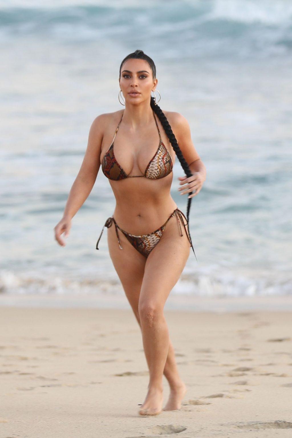 Kim Kardashian Poses in a Sexy Bikini on the Beach in Malibu (20 Photos)