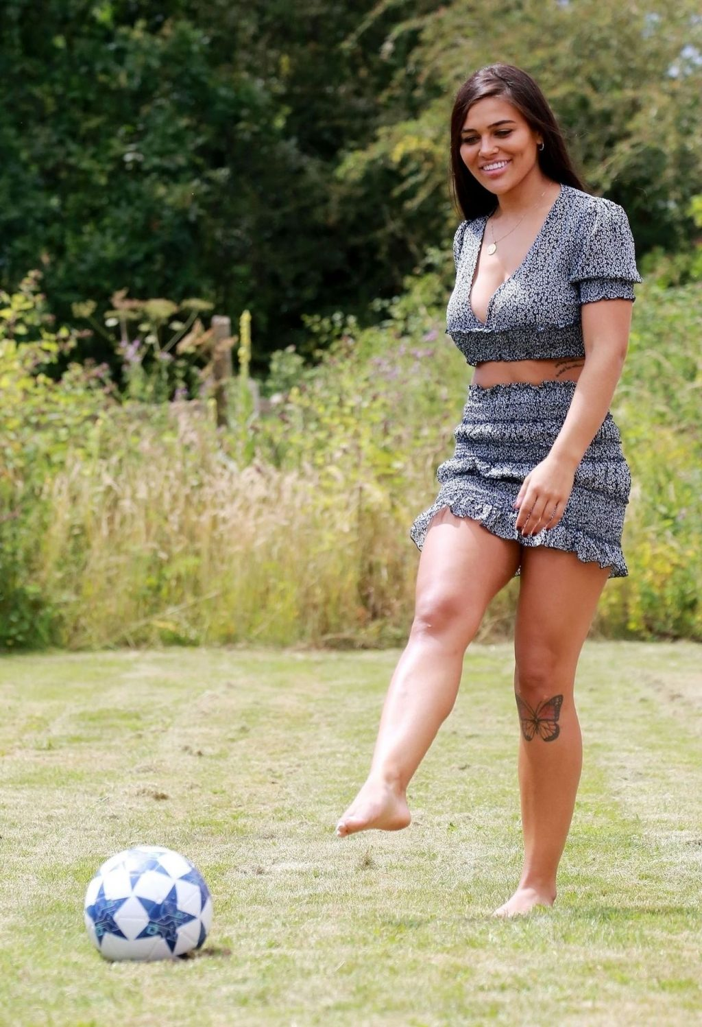 Busty Lydia Clyma Enjoys Some Quality Playtime in the Park (18 Photos)