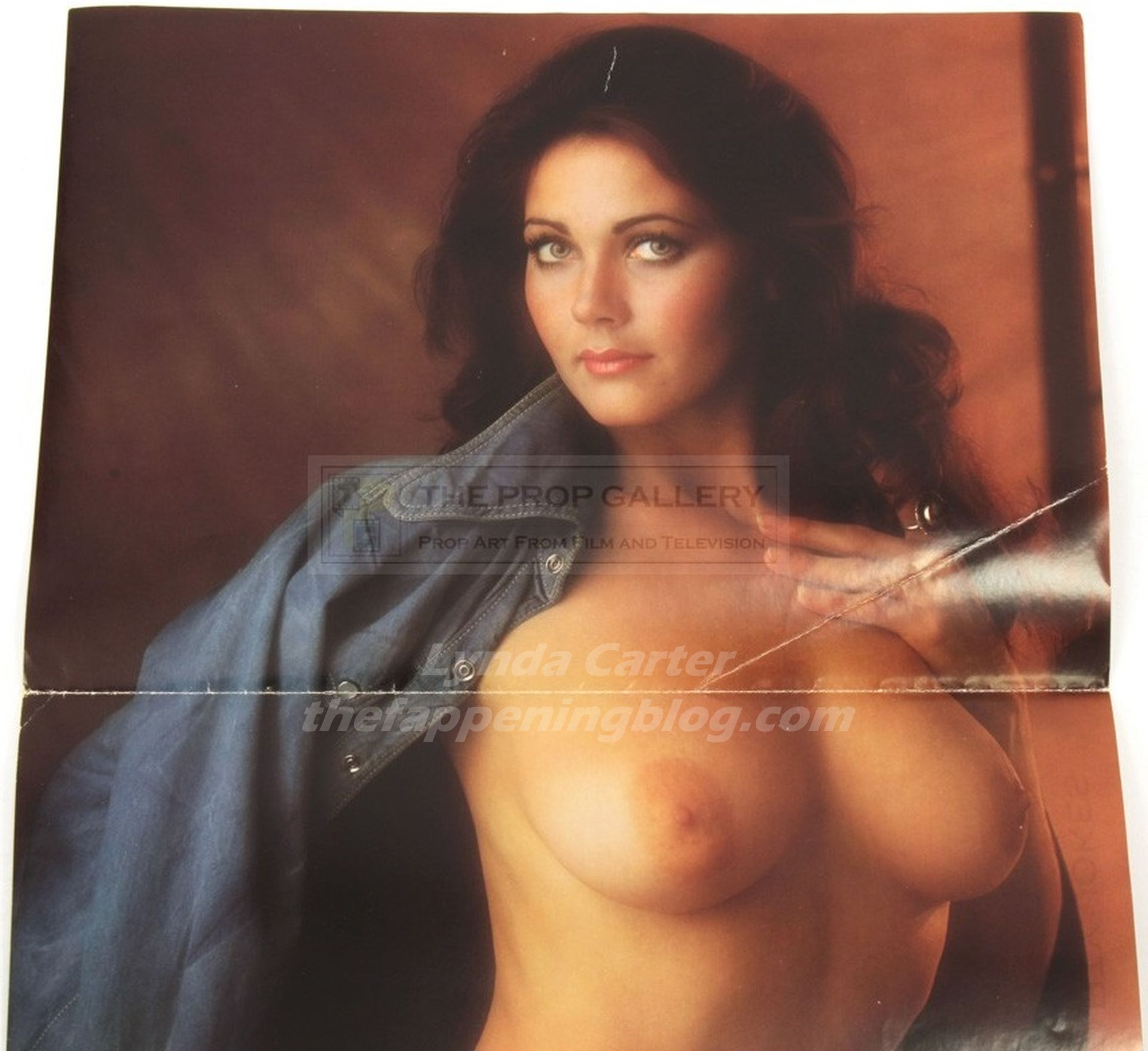 Lynda carter tits out