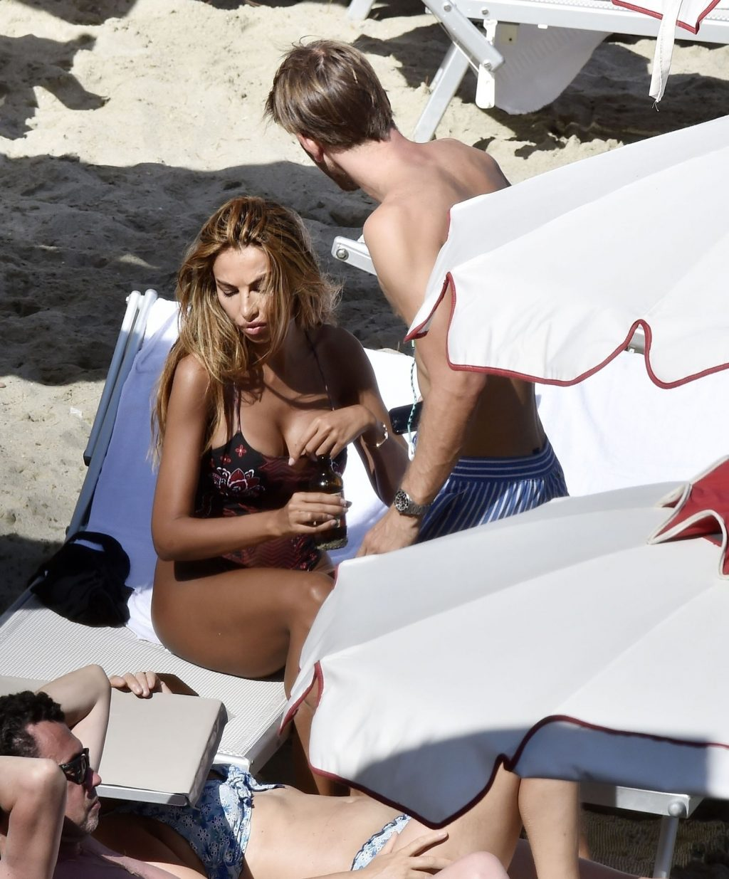 Madalina Ghenea Looks Hot Wearing Her Sexy Swimsuit Out on Her Holiday in Portofino (34 Photos)