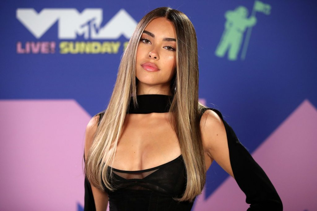 Madison Beer Displays Her Slender Figure at the MTV Video Music Awards (52 Photos)