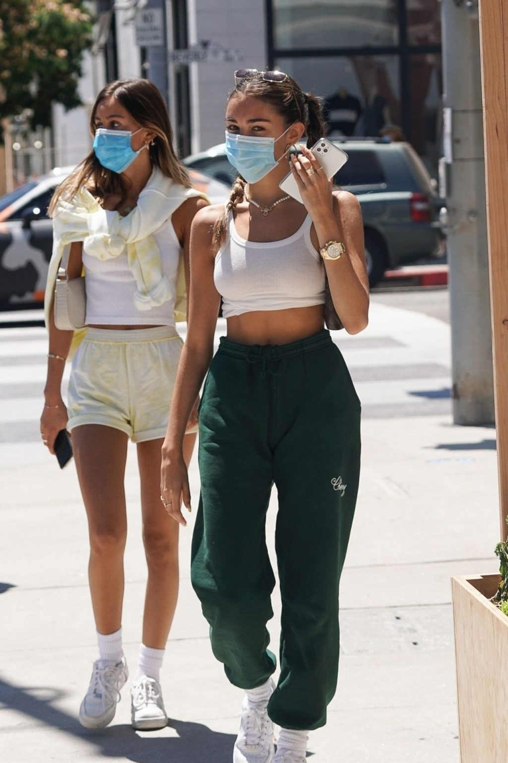 Madison Beer Displays Her Style as She Goes Out for Lunch with a Friend (23 Photos)