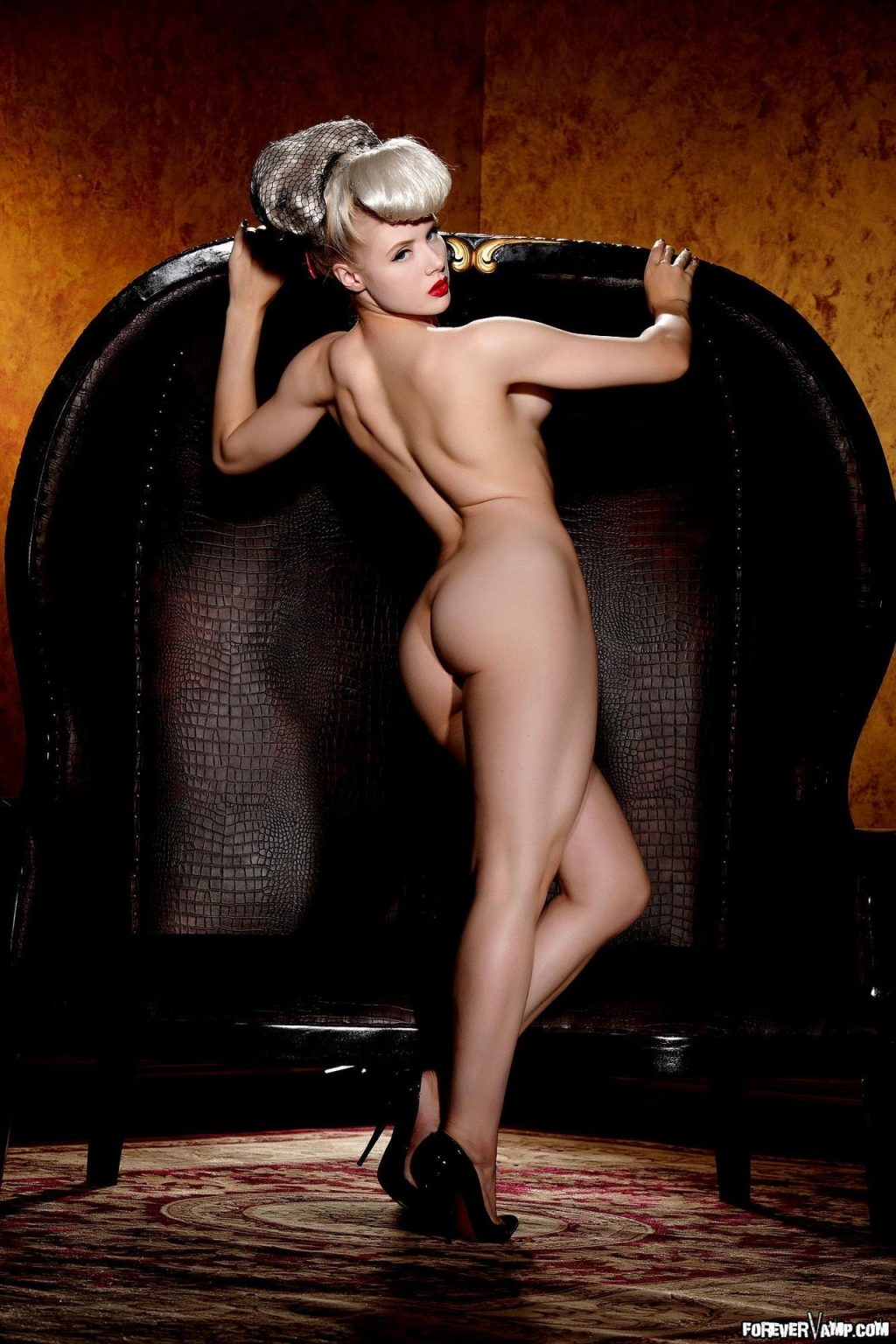 nackt Mosh Miss Mosh (model)