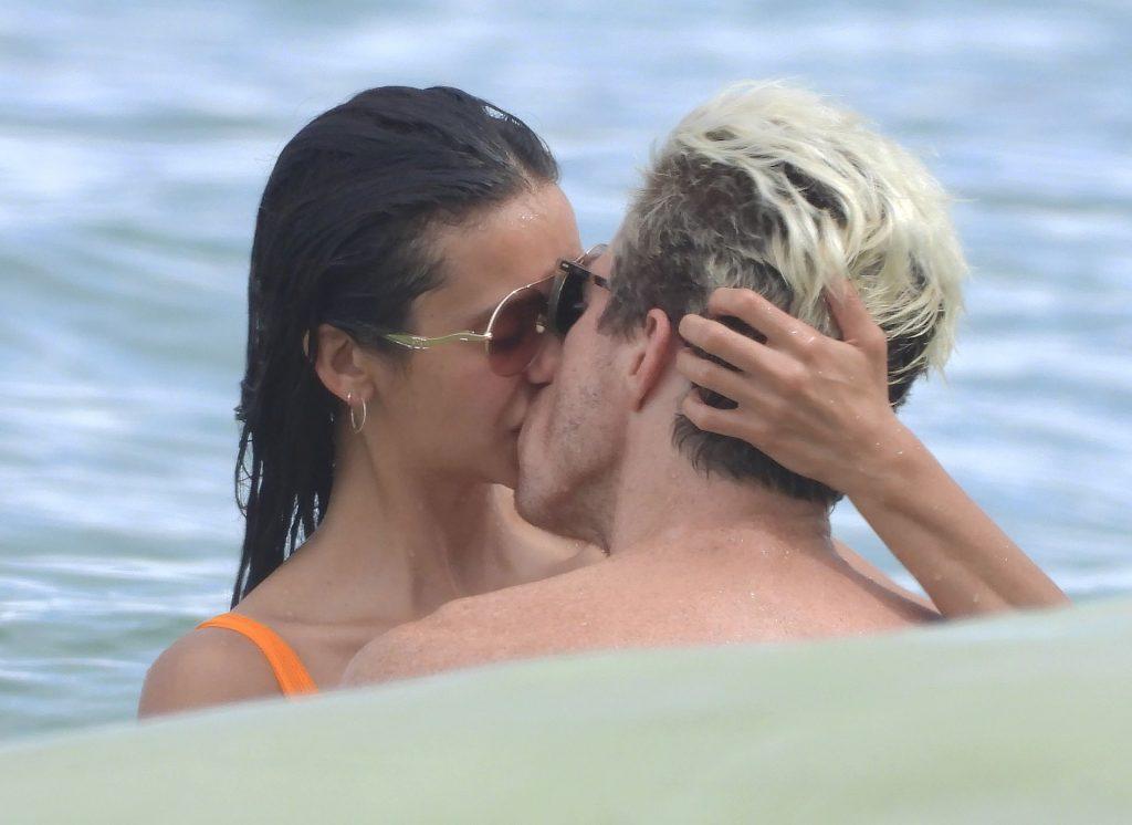 Nina Dobrev & Shaun White Enjoy the Day at Tulum Beach (65 Photos)